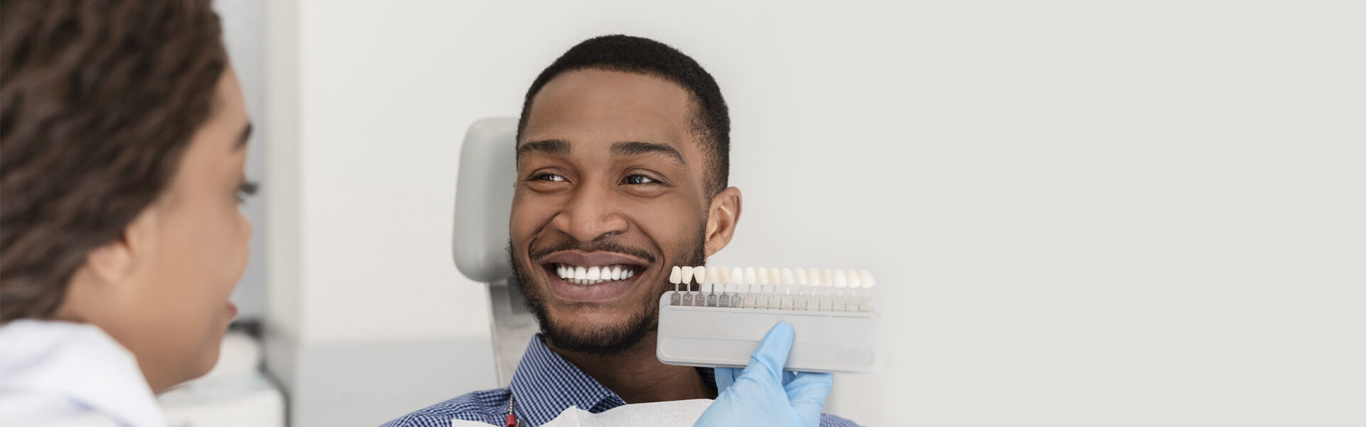 Achieve the Hollywood Smile You Desperately Desire Using Veneers and Smile Away